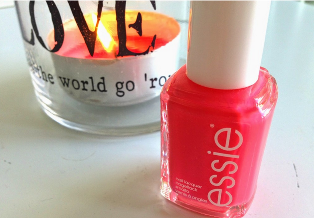 BEAUTY: Essie Cute As A Button